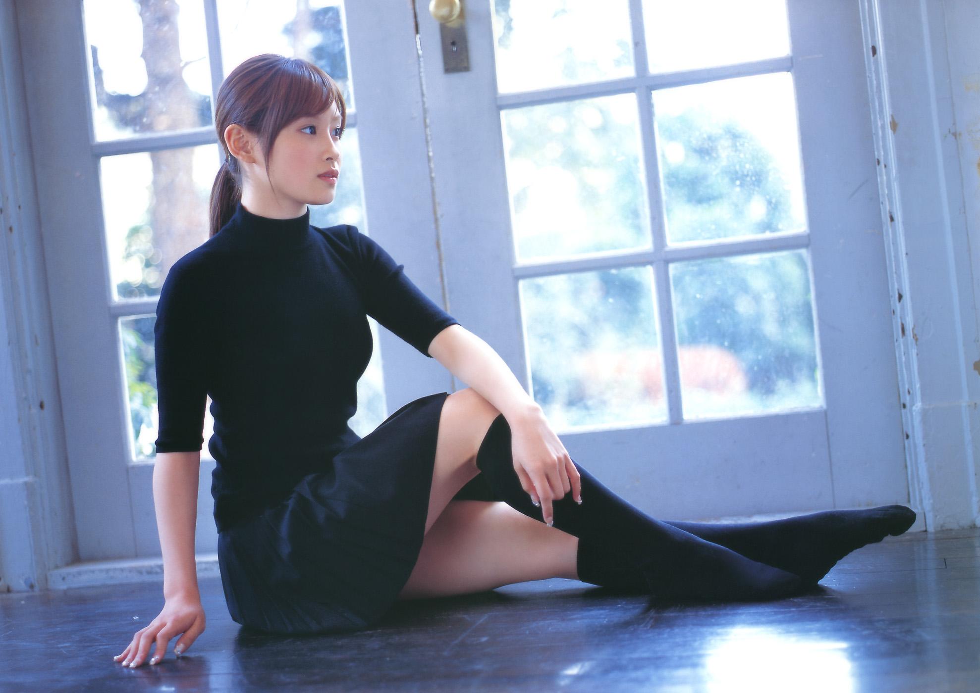 Японки в платье 13 фотография